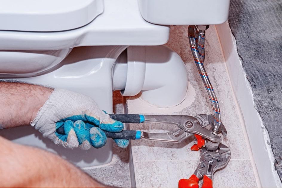 Installation des toilettes par Plombier Dollard-des-Ormeaux